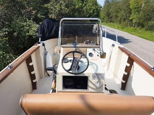 1982 SportCraft 20 Center Console with Trailer Photo 6 of 15