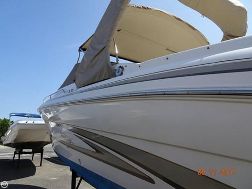 1997 Sea Ray 280 Bow Rider Photo 8 of 20