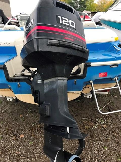 Glastron 17 1994 used boat for sale in oshkosh wisconsin for Tow motor operator job description