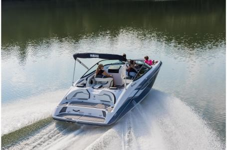 Yamaha sx195 2018 new boat for sale in mactier ontario for Yamaha motor boats for sale