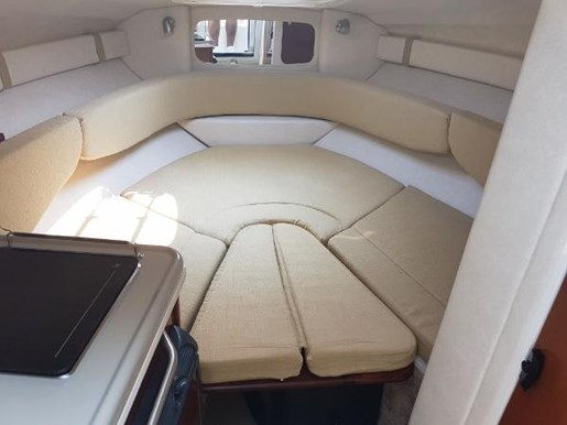 2008 Sea Ray 240 Sundancer with trailer Photo 11 of 19