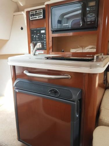 2008 Sea Ray 240 Sundancer with trailer Photo 12 of 19