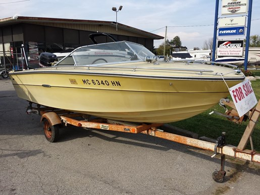 Sea Ray SRV 180 CLOSED DECK 1971 Used Boat for Sale in Dundas, Ontario -  BoatDealers ca