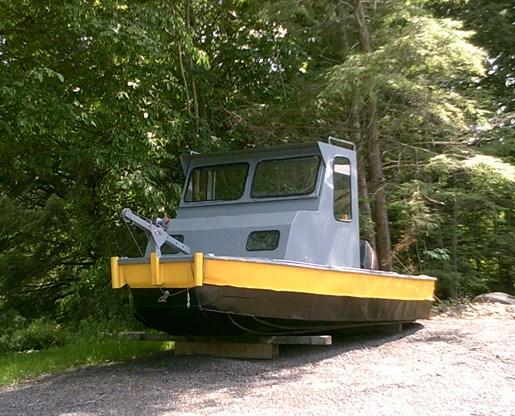 Workboat/Barge tender