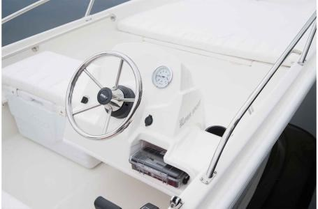 2018 Boston Whaler 130 Super Sport Photo 3 of 10
