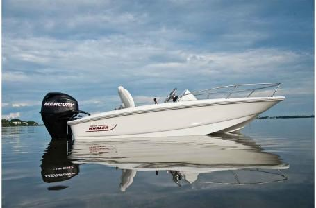 2018 Boston Whaler 130 Super Sport Photo 2 of 10