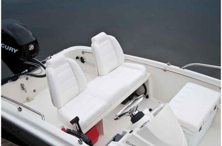 2018 Boston Whaler 130 Super Sport Photo 5 of 10