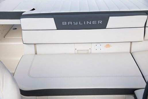 2018 Bayliner VR5 Photo 22 of 22