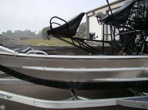 2017 Custom 14 Airboat Photo 14 of 20