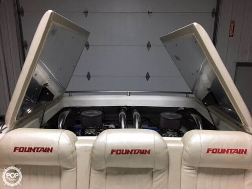 Fountain 1986 used boat for sale in omro wisconsin for Used outboard motors for sale wisconsin