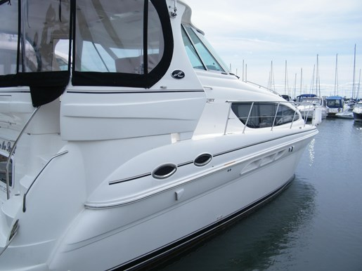 2004 Sea Ray 390 Motor Yacht for sale