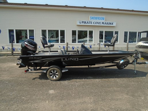 For Sale: 2018 Lund 1775 Renegade Black - Lf702 17ft<br/>Pirate Cove Marina
