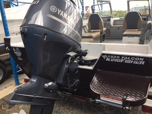 2019 KingFisher 1825 Falcon Yamaha 90 & Trailer Photo 12 sur 12