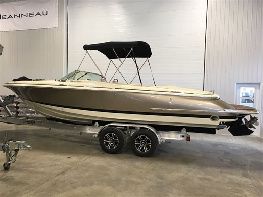 Chris craft 25 launch 2013 used boat for sale in longueuil for Used chris craft launch for sale