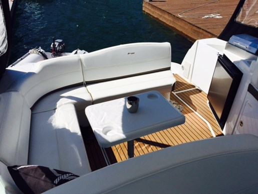 2011 Cruisers Yachts 360 Express Photo 6 of 16