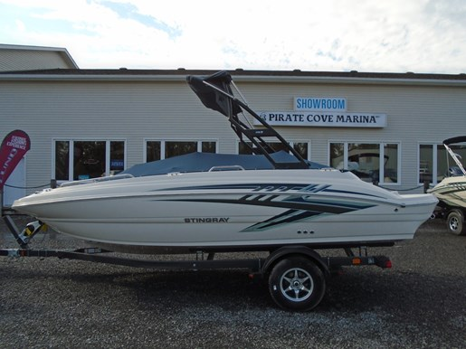 2018 Stingray boat for sale, model of the boat is 192 SC Deck Boat For sale - STR101 & Image # 7 of 7