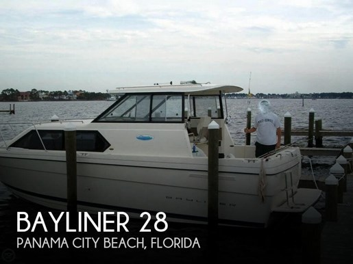 Bayliner 2004 used boat for sale in panama city beach florida for Used boat motors panama city fl