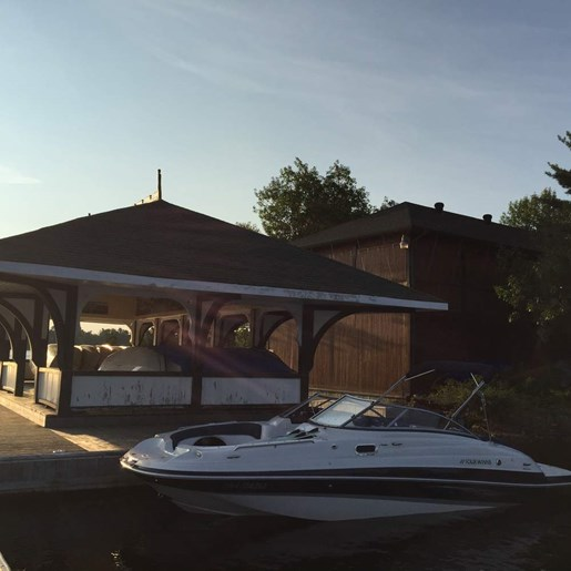 2013 Four Winns boat for sale, model of the boat is 224F & Image # 2 of 11