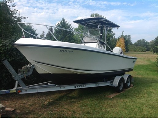 1998 Mako 221 Center Console for sale