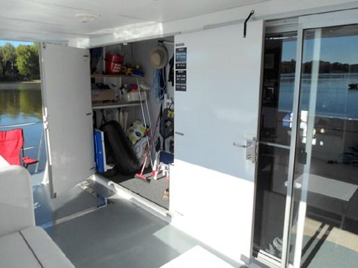 2014 Custom Flybridge Catamaran 50 Photo 10 sur 28