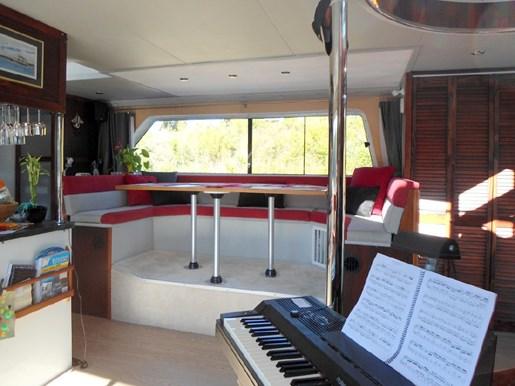 2014 Custom Flybridge Catamaran 50 Photo 15 sur 28