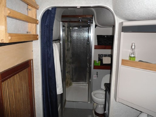 2014 Custom Flybridge Catamaran 50 Photo 22 sur 28