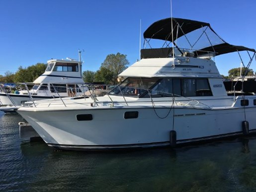 For Sale: 1988 Carver 3207 32ft<br/>North South Nautical Group Inc.
