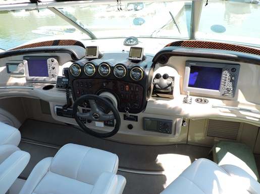 2005 Carver 46 Motor Yacht Photo 16 of 70