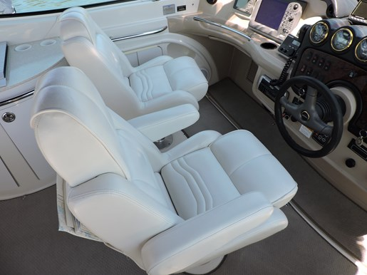 2005 Carver 46 Motor Yacht Photo 17 of 70