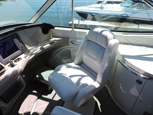 2005 Carver 46 Motor Yacht Photo 18 of 70