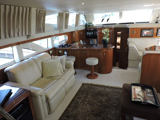 2005 Carver 46 Motor Yacht Photo 25 of 70
