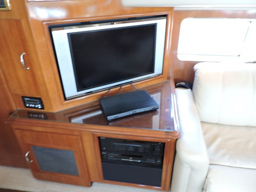 2005 Carver 46 Motor Yacht Photo 48 of 70