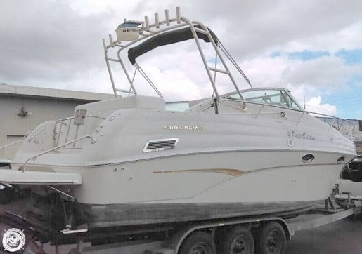 2000 Crownline 290 CR Photo 2 of 20