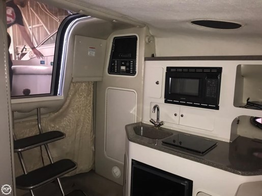 2000 Crownline 290 CR Photo 14 of 20