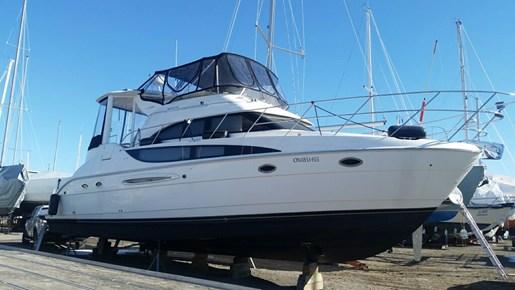 2004 Meridian 459 Motor Yacht For Sale