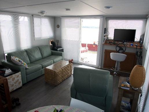 2004 KenCraft 50 Custom Houseboat Photo 9 of 19