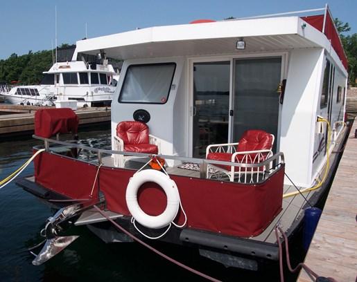 2004 KenCraft 50 Custom Houseboat Photo 5 of 19