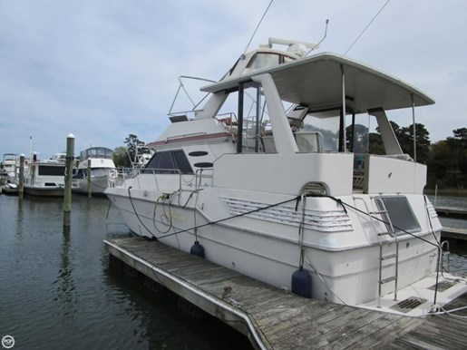 1987 Sea Ray 410 Aft Cabin Photo 8 of 20