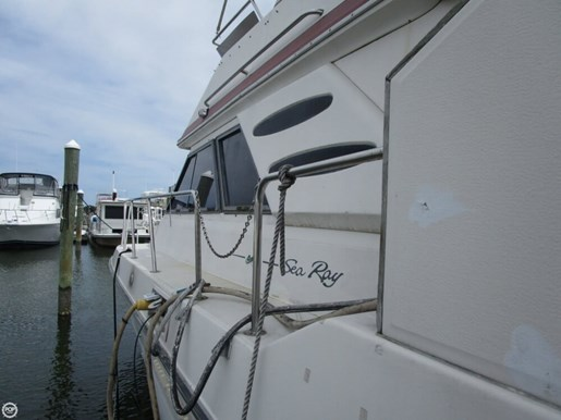 1987 Sea Ray 410 Aft Cabin Photo 10 of 20