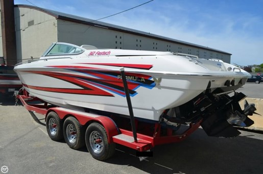 Formula 2001 used boat for sale in lewiston maine for Greenes boat and motor