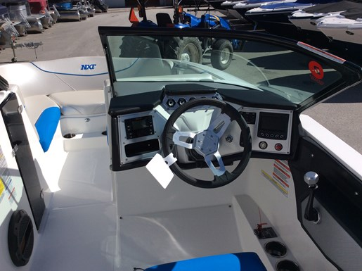 2018 MasterCraft Mastercraft NXT22 Photo 5 of 10