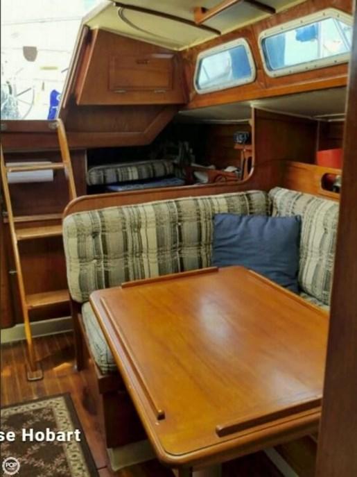 1981 Ericson Yachts 35-2 Photo 6 of 20