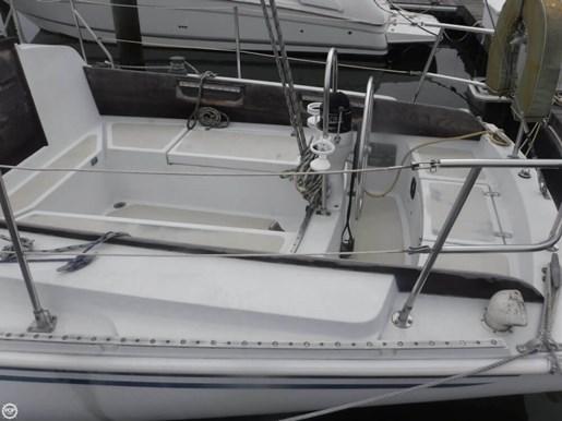 1981 Ericson Yachts 35-2 Photo 10 of 20