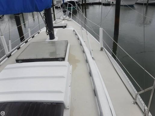 1981 Ericson Yachts 35-2 Photo 17 of 20