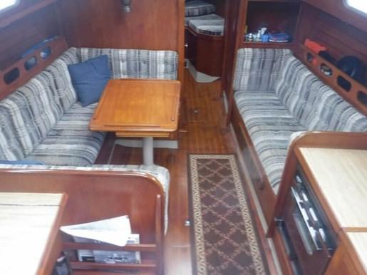 1981 Ericson Yachts 35-2 Photo 19 of 20