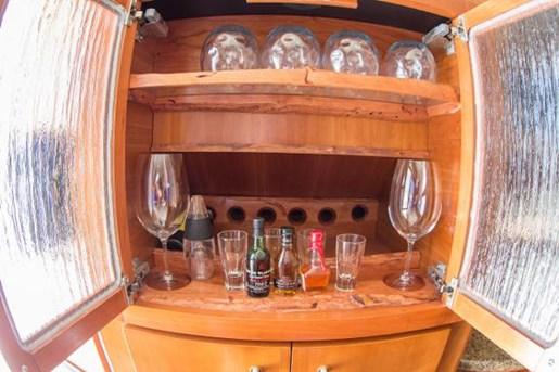2003 Carver 410 Sport Sedan Photo 24 of 42