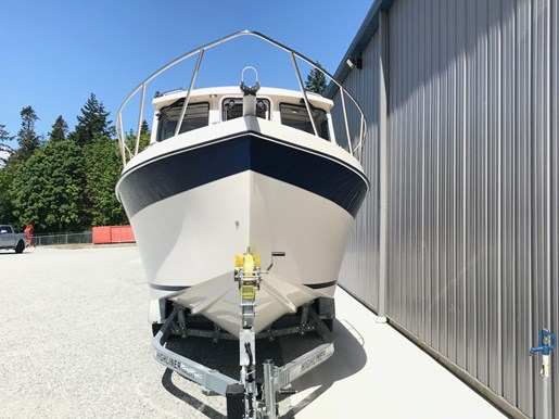 2018 Osprey Pilothouse 24 Fisherman Photo 10 of 86