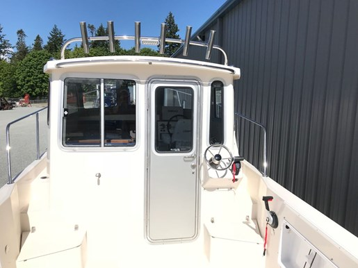 2018 Osprey Pilothouse 24 Fisherman Photo 19 of 86