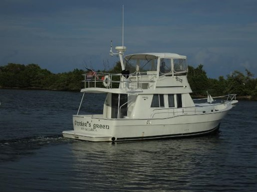 2001 MAINSHIP 390 Trawler Photo 5 of 28