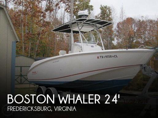 2004 Boston Whaler 240 Outrage Photo 1 of 20